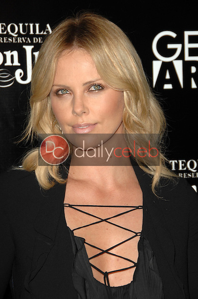 Charlize Theron<br />at the Los Angeles Premiere of 'Battle in Seattle'. Clarity Theatre, Beverly Hills, CA. 09-22-08<br />Dave Edwards/DailyCeleb.com 818-249-4998