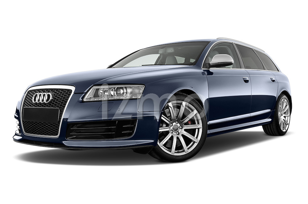 Low aggressive front three quarter view of a 2008 - 2013 Audi RS6 5 Door Wagon 4WD.
