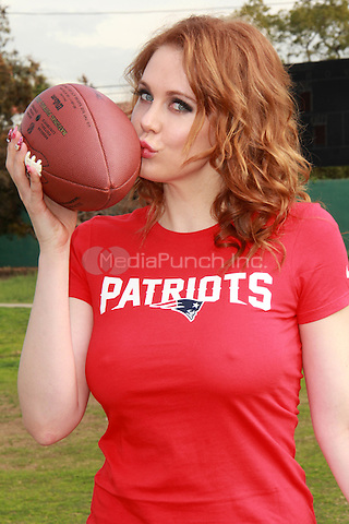 "LOS ANGELES, CA - JANUARY 30: Maitland Ward says ""Inflate Your Balls"" for Superbowl XLIX in Los Angeles, CA on January 30, 2015. Credit: David Edwards/DailyCeleb/MediaPunch"
