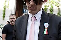 Milano: sostenitori di Silvio Berlusconi davanti al tribunale durante l'udienza del processo per i diritti Mediaset...Milan: supporters of Silvio Berlusconi outside Milan's justice court  during the legal hearing to face tax fraud charges related to his media businesses, Mediaset.