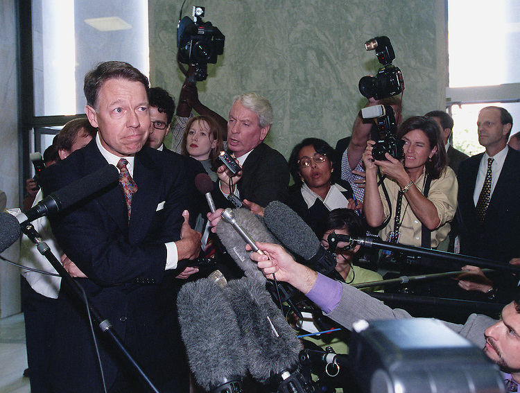 9-10-98.STARR REPORT--White House counsel David E. Kendall is surrounded by reporters after meeting with House Judiciary Committee Chairman Henry J. Hyde,R-Ill., about the release of Starr's report..CONGRESSIONAL QUARTERLY PHOTO BY DOUGLAS GARAHAM