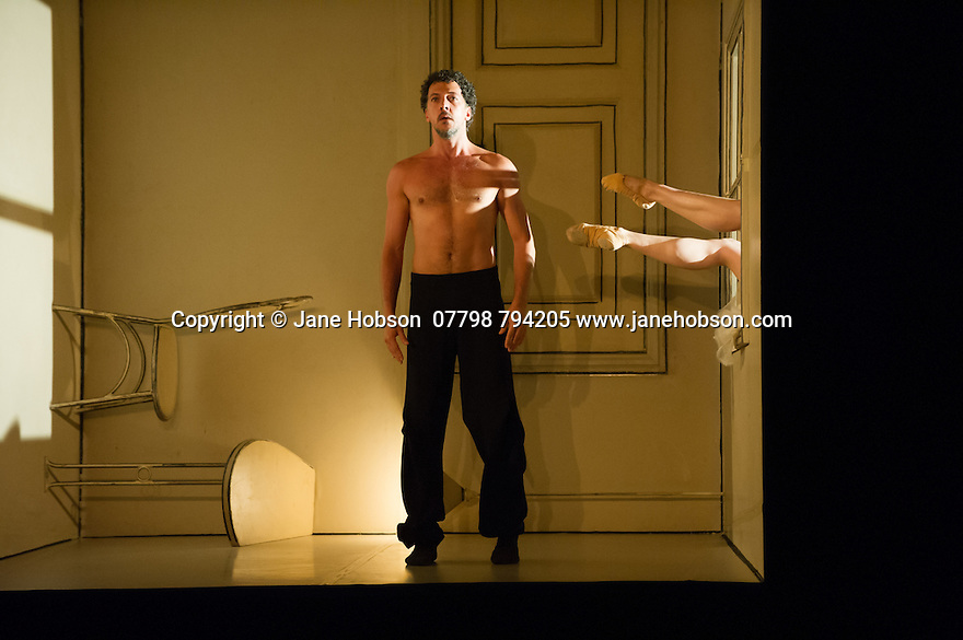 London, UK. 01.07.2014.  Nederlands Dans Theater opens at Sadler's Wells with a double bill of SEHNSUCHT and SCHMETTERLING, by Sol Leon and Paul Lightfoot. This piece is SEHNSUCHT, with dancers Parvaneh Scharafali, Silas Henriksen and Medhi Walerski. Photograph © Jane Hobson..