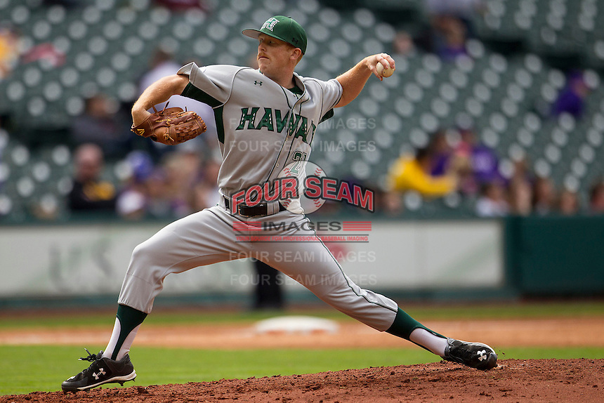 Nebraska Cornhuskers pitcher Andrew Jones (21) delivers a pitch to the plate during the NCAA baseball game against the Hawaii Rainbow Warriors on March 7, 2015 at the Houston College Classic held at Minute Maid Park in Houston, Texas. Nebraska defeated Hawaii 4-3. (Andrew Woolley/Four Seam Images)