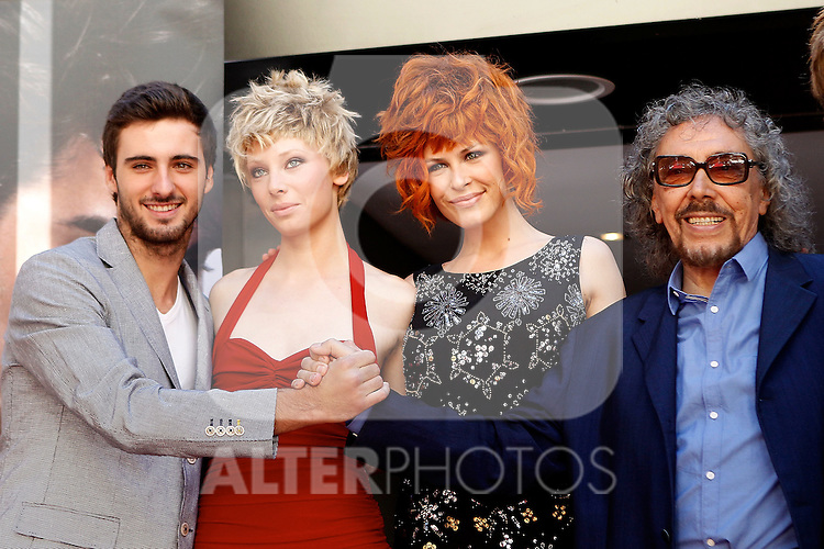 Hairstyle Luis Llonguera's models and his son during the presentation of his new hairstyles at the Wellington Hotel.(ALTERPHOTOS/Alconada)