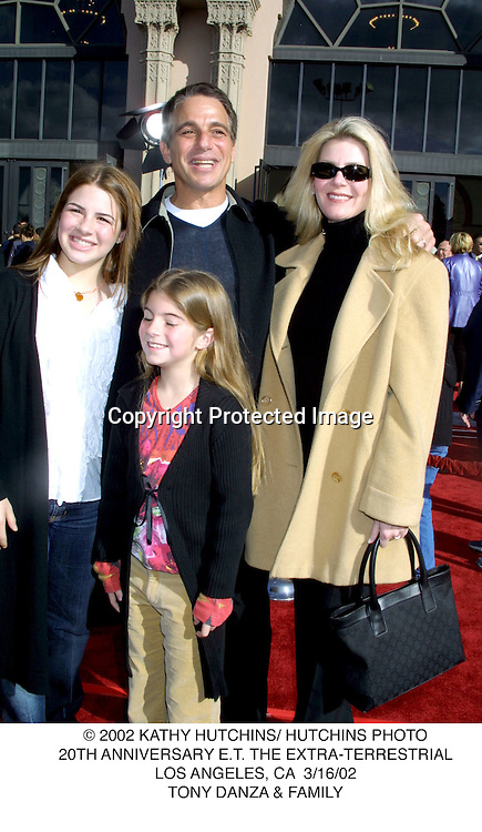 © 2002 KATHY HUTCHINS/ HUTCHINS PHOTO.20TH ANNIVERSARY E.T. THE EXTRA-TERRESTRIAL.LOS ANGELES, CA  3/16/02.TONY DANZA & FAMILY