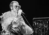ELTON JOHN (1974)