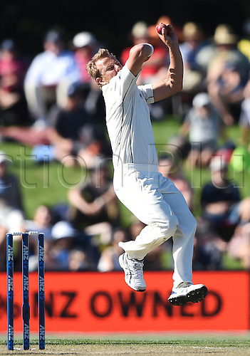 21.02.2016. Christchurch New Zealand.  Neil Wagner bowling on Day 2 of the 2nd test match. New Zealand Black Caps versus Australia. Hagley Oval in Christchurch, New Zealand. Sunday 21 February 2016.