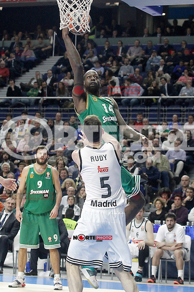 Real Madrid's Rudy Fernandez (d) and Panathinaikos Athens' James Gist during Euroleague match.January 22,2015. (ALTERPHOTOS/Acero) /NortePhoto<br />