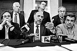 Uruguay / Montevideo / 2017<br /> A iniciativa del senador Pablo Mieres la oposici&oacute;n realiz&oacute; una propuesta de soluci&oacute;n a los llamados cincuentones. Palacio Legislativo, Montevideo, 12/12/2017.<br /> Foto: Ricardo Ant&uacute;nez / adhocFOTOS