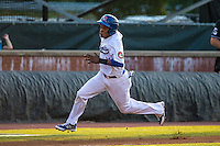 Jorge Polanco (11) of the Chattanooga Lookouts runs during a game between the Jackson Generals and Chattanooga Lookouts at AT&T Field on May 8, 2015 in Chattanooga, Tennessee. (Brace Hemmelgarn/Four Seam Images)
