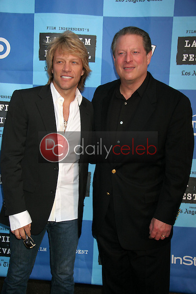 Jon Bon Jovi and Al Gore<br />