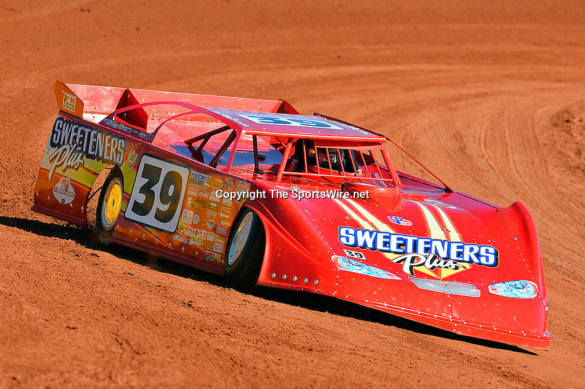 Feb 07, 2014; 11:38:57 AM; Waynesville, GA., USA; The Lucas Oil Late Model Dirt Series running The Georgia Boot Super Bowl of Racing at Golden Isles Speedway.  Mandatory Credit: (thesportswire.net)