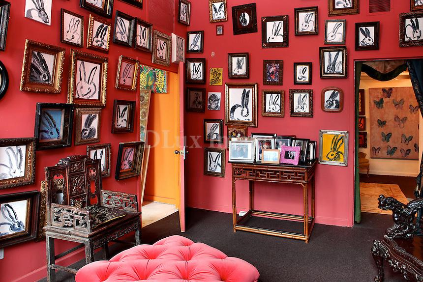 luxury art deco lounge room