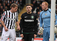 David van Zanten and Craig Samson mark Gary Hooper at a corner in the St Mirren v Celtic Clydesdale Bank Scottish Premier League match played at St Mirren Park, Paisley on 20.10.12.