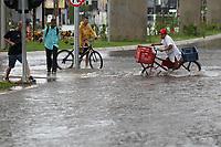 SAO PAULO,SP, 08.01.2019 - CLIMA-SP - Forte chuva deixou com varias ruas alagadas no bairro da Vila Prudente zona sul da cidade de Sao Paulo nessa terça-feira (08) (Foto: Luiz Guarnieri/ Brazil Photo Press)