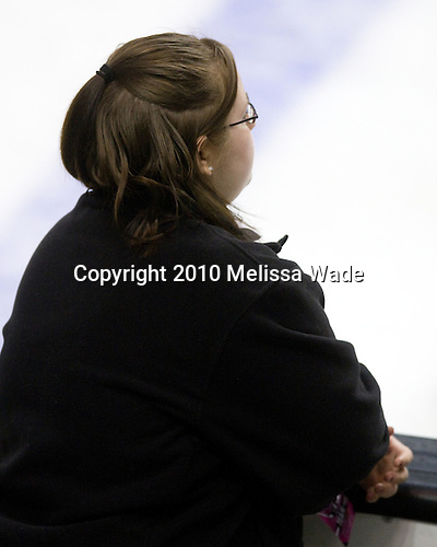 Brenda Maguire - The Northeastern University Huskies defeated the Harvard University Crimson 4-1 (EN) on Monday, February 8, 2010, at the TD Garden in Boston, Massachusetts, in the 2010 Beanpot consolation game.