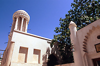 Vereinigte arabische Emirate (VAE, UAE), Sharja, runder Windturm Majlis al Midfa in der Heritage Area