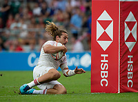 Twickenham, United Kingdom. 3rd June 2018, HSBC London Sevens Series. Game 44 Bronze Medal Game. Ireland vs England. <br /> <br /> Englands, Dan BIBBY. touching down, to score a try, during the Rugby 7's, match played at the  RFU Stadium, Twickenham, England,  <br /> <br /> <br /> <br /> &copy; Peter SPURRIER/Alamy Live News