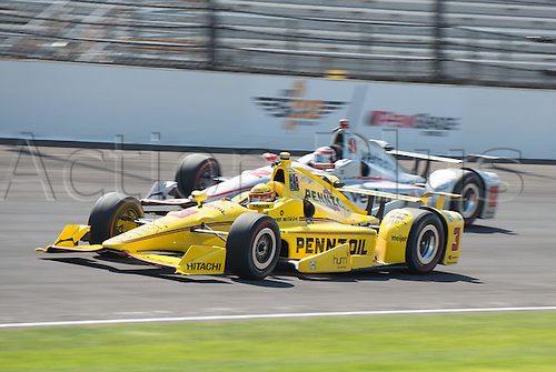 27.05.2016. Indianapolis, IN, USA. Penske teammates Helio Castroneves (3) and Will Power (12) on Carb Day of the 100th running of the Indianapolis 500 at the Indianapolis Motor Speedway in Speedway, IN.