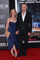 Bill Pullman + wife Tamara @ the premiere of 'Independence Day: Resurgence' held @ the Chinese theatre.<br /> June 20, 2016.