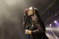 SÃO PAULO, 13.09.2014 - TARJA TURUNEN Tarja Turunen Cabuli  cantora lírico-dramática, compositora e pianista finlandesa que ficou mundialmente conhecida como vocalista da banda de metal sinfônico Nightwish, entre 1996 e 2005 e atualmente ela segue em carreira solo se apresentou no HSBC Brasil na noite deste sabado na região sul da cidade de Sao Paulo. (Foto: Flavio Hopp/Brazil Photo Press)