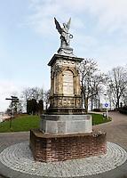 Nederland Nijmegen 2016 02 25.  Beeld van engel bij de ingang van het Valkhof park.  Foto Berlinda van Dam / Hollandse Hoogte