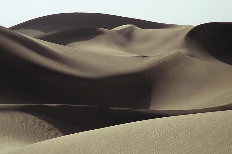 Takla Makan desert, Xinjiang, China, 2007