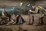 Foto: VidiPhoto<br /> <br /> GROESBEEK – Diorama in het Nationaal Bevrijdingsmuseum van De Oversteek. Amerikaanse militairen proberen in september 1944 onder hevig vijandelijk vuur met boten de Waal over te steken. Het museum wacht een ingrijpende en 6,5 miljoen euro kostende vernieuwing. Voor de 75-jarige herdenking van Market Garden in september dit jaar moet alles gereed zijn.