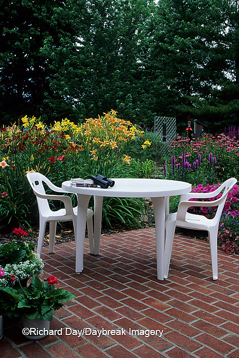 63821-02211 Patio and flower garden     IL