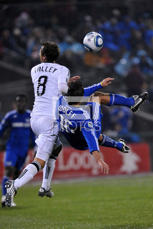 Josh Wolff attempts overhead kick...Kansas City Wizards defeated D.C Utd 4-0 in their home opener at Community America Ballpark, Kansas City, Kansas.