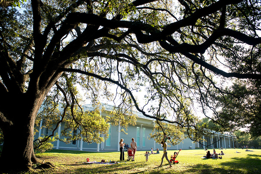 Outside the menil collection. Annuska and I in Houston Texas. USA
