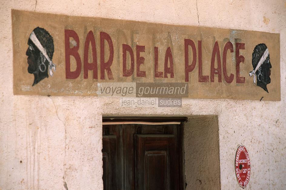 France/2B/Haute Corse/Balagne/ Corbara: Enseigne du Bar de la Place