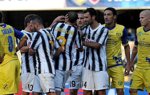 16 10 2011  Mirko Vucinic celebrates with Giorgio Chiellini.  Verona  Stadio Marcantonio Bentegodi Series A 2011 2012 Football Calcio Chievo Verona vs Juventus
