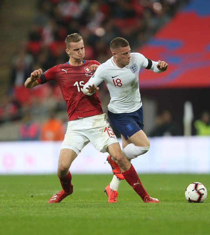 England's Ross Barkley and Czech Republic's Tomas Soucek <br /> <br /> Photographer Rob Newell/CameraSport<br /> <br /> UEFA Euro 2020 Qualifying round - Group A - England v Czech Republic - Friday 22nd March 2019 - Wembley Stadium - London<br /> <br /> World Copyright © 2019 CameraSport. All rights reserved. 43 Linden Ave. Countesthorpe. Leicester. England. LE8 5PG - Tel: +44 (0) 116 277 4147 - admin@camerasport.com - www.camerasport.com