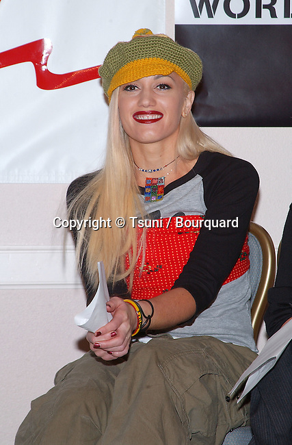 Gwen Stefani as a spoke woman for Artists Again Aid Worldwide press conference at the MGM Grand in Las Vegas - Nevada - (Los Angeles). December 3, 2001.           -            StefaniGwen02.jpg