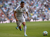 MADRID-ESPAÑA, 25-08-2019: James Rodríguez durante partido de la Liga de España, Real Madrid y Valladolid en el estadio Santiago Bernabeu de la ciudad de Madrid, España. / James Rodriguez, during a match between Real Madrid and Valladolid for the Liga of Spain in the Santiago Bernabeu stadium in Madrid, Spain Photo: ChakanaNews / Patricio Realpe / VizzorImage.