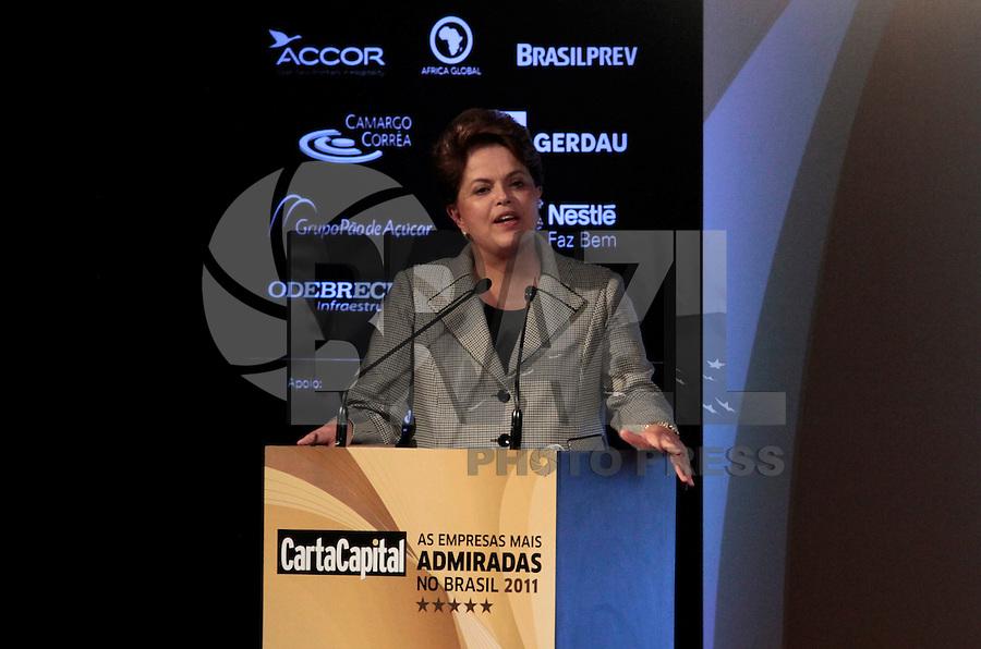 """SÃO PAULO, SP, 31 DE OUTUBRO 2011 - DILMA ROUSSEFF EM SP - Presidente Dilma Rousseff durante entrega do Prêmio """"As Empresas Mais Admiradas do Brasil"""", oferecido pela revista Carta Capital no Espaço Rosa Rosarum em Pinheros regiao oeste da capital paulista nessa segunda-feira, 31. FOTO: VANESSA CARVALHO - NEWS FREE."""