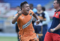CALI - COLOMBIA, 23-02-2020: Franklin Navarro del Llaneros celebra después de anotar el primer gol de su equipo durante partido por la fecha 4 de la Torneo BetPlay DIMAYOR I 2020 entre Boca Juniors de Cali y Llaneros F.C. jugado en el estadio Pascual Guerrero de la ciudad de Cali. / Franklin Navarro of Llaneros celebrates after scoring the first goal of his team during match for the for the date 4 as part of BetPlay DIMAYOR Tournament I 2020 between Boca Juniors de Cali and Llaneros F.C. played at Pascual Guerrero stadium in Cali. Photo: VizzorImage / Gabriel Aponte / Staff