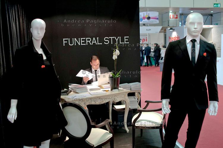 Bologna fiera.<br /> Tanexpo, fiera dell'arte funeraria e cimiteriale.<br /> Bologna, Funeral and Cemetery art exhibition.