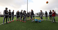 Pictured: Johnyy Northeast speaks to players Wednesday 23 December 2015<br />