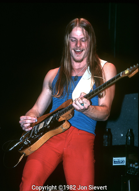 Steve Morse, May 1982, San Francisco.  American guitarist, best known as the founder of the Dixie Dregs, and the guitar player in Deep Purple since 1994.<br />