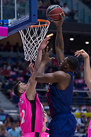 Estudiantes Goran Sutton and FC Barcelona Lassa Kevin Seraphin during Liga Endesa match between Estudiantes and FC Barcelona Lassa at Wizink Center in Madrid, Spain. October 22, 2017. (ALTERPHOTOS/Borja B.Hojas) /NortePhoto.com