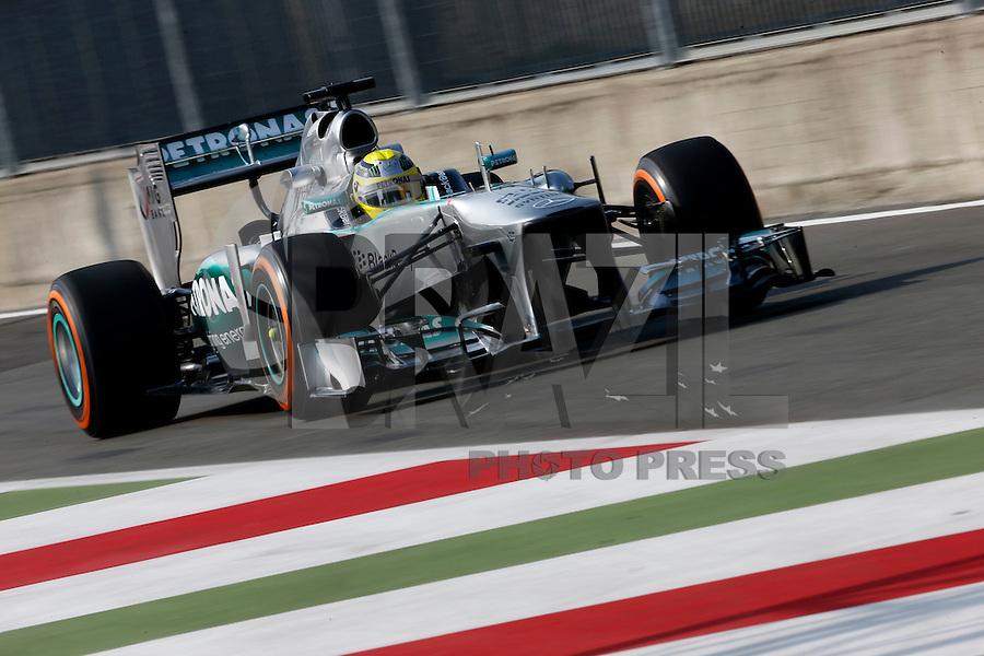 MONZA, ITALIA, 06.09.2013 - F1 - GP DE MONZA - TREINO LIVRE - O piloto alemão Nico Rosberg da Mercedes GP  durante o primeiro treino livre do GP da Itália de Fórmula 1, nesta sexta-feira(06), no circuito de Monza. A prova será realizada no próximo domingo. (Foto: Pixathlon / Brazil Photo Press).
