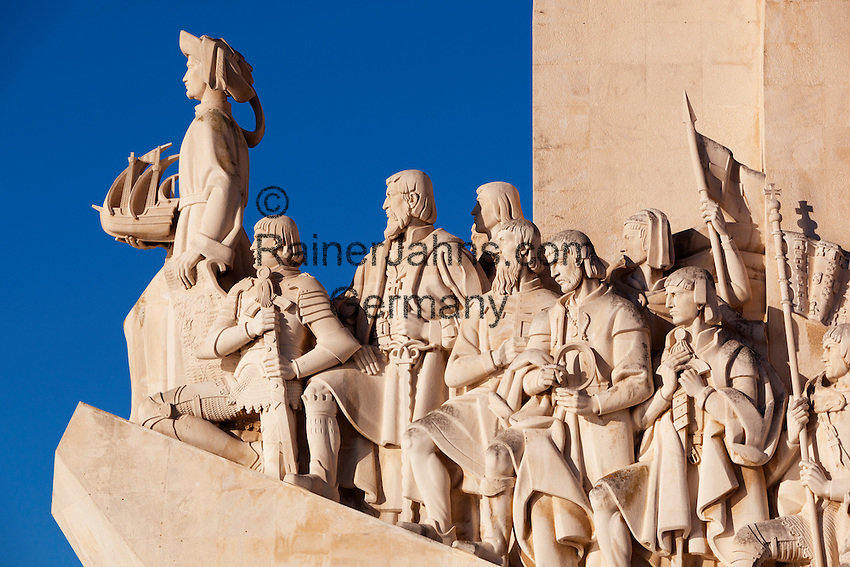 Portugal, Belem: Monument to the Discoveries (Padrao dos Descobrimentos), 54 metre high caravel-shaped monument built in 1960 to commemorate 500th anniversary of death of Henry the Navigator | Portugal, Belem: Padrao dos Descobrimentos - Denkmal der Entdeckungen