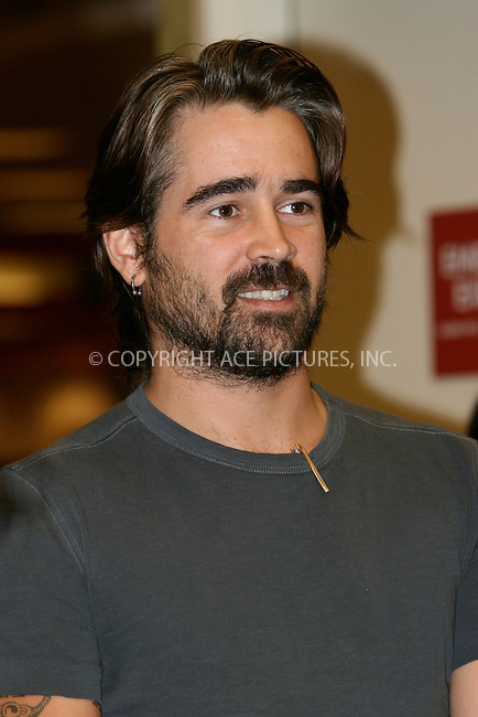 WWW.ACEPIXS.COM . . . . .  ....October 22 2007, New York City....Actor Colin Farrell signs copies of 'Click' at Borders Columbus Circle.....Please byline: NANCY RIVERA- ACE PICTURES.... *** ***..Ace Pictures, Inc:  ..tel: (646) 769 0430..e-mail: info@acepixs.com..web: http://www.acepixs.com