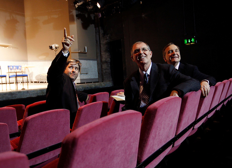 ".Stuart McLaughlin, Chief Executive Business to Arts (left) with Allen Blevins, Director of Art & Heritage programmes for Bank of America Merrill Lynch and Minister for Arts, Sport & Tourism Martin Cullen T.D. (right) pictured here at the Peacock Theatre, Dublin at the announcement of a EUR400,000 three year investment by the Art & Cultural sector from Bank of America Merrill Lynch in a project entitled ""New Stream"", which will be operated by Business to Arts. The three year Programme aims to build essential skills and knowledge in fundraising within the arts and cultural sector in Ireland. Pic. Robbie Reynolds"