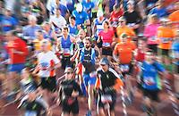 Nederland  Amsterdam  2016 . Start van de Marathon van Amsterdam.  Foto Berlinda van Dam / Hollandse Hooogte.