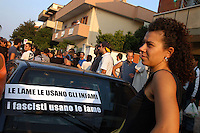Fiumicino, 23 Settembre 2006.Manifestazione antifascista in ricordo di Renato Biagetti, ucciso a Focene il 27 Agosto.Fiumicino, September 23, 2006.Anti-fascist demonstration in memory of Renato Biagetti, killed Aug. 27 in Focene