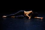 CIG&Uuml;E<br /> Conception, chor&eacute;graphie : Eric Arnal Burtschy<br /> Mouvement : Clara Furey et Eric Arnal Burtschy<br /> Interpr&eacute;tation et cr&eacute;ation sonore : Clara Furey<br /> Cr&eacute;ation costumes : Lea Deutschmann<br /> Lieu : Mains d'oeuvre<br /> Ville : St Ouen<br /> Date : 02/07/2013<br /> &copy; Laurent Paillier / photosdedanse.com