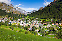 Switzerland, Canton Valais, Leukerbad: wintersport resort and spa at the end of Dala Valley ] Schweiz, Kanton Wallis, Leukerbad: Wintersportort und Thermalkurort im hinteren Dalatal